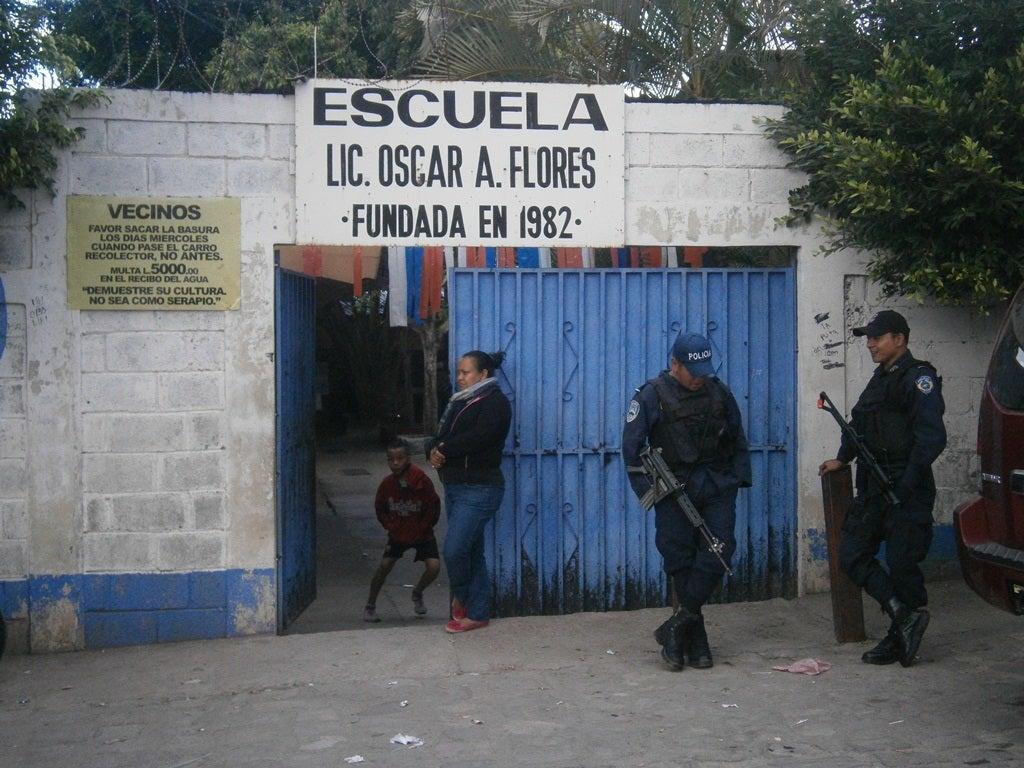 saquean escuela tegucigalpa