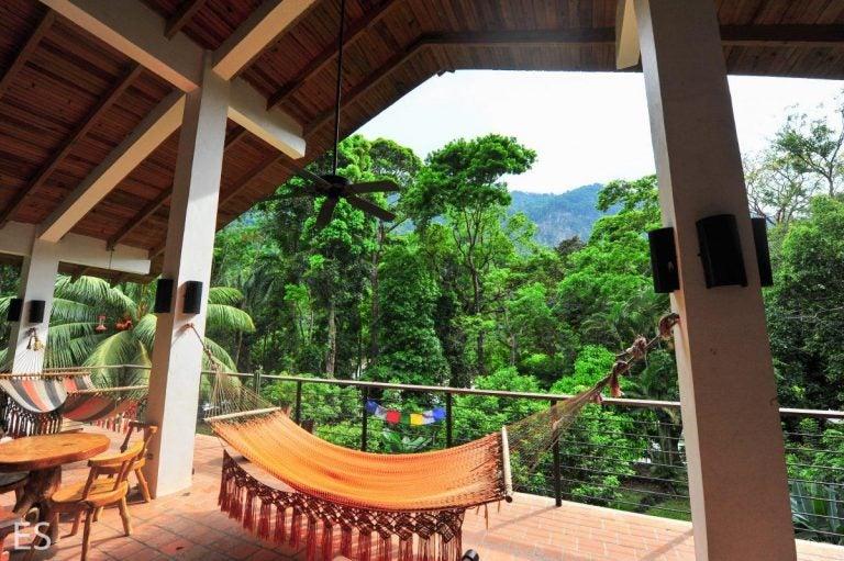 Pequeños hoteles piden salvoconductos turísticos «para que no maten el rubro»
