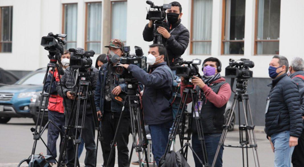periodistas muertos covid-19