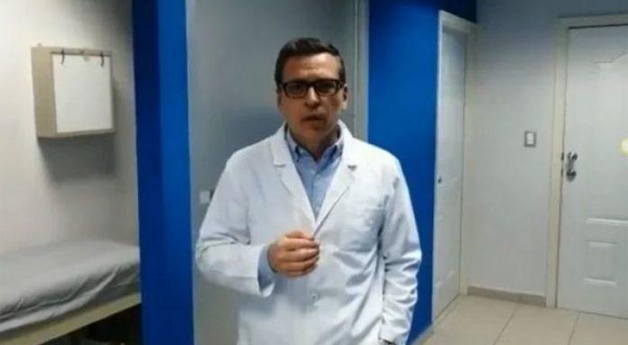 Exministro califica de vergonzoso contratar médicos sin protección.