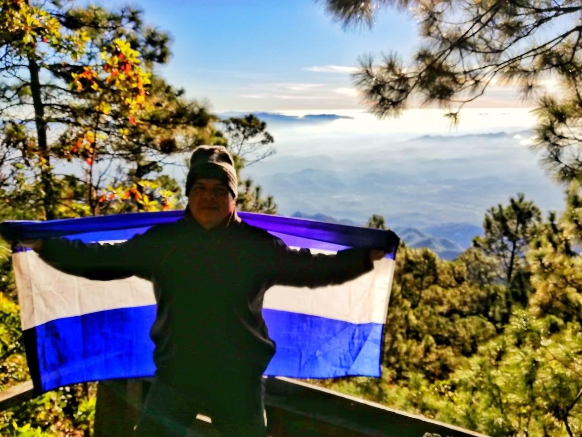 muere por COVID-19 fotógrafo hondureño