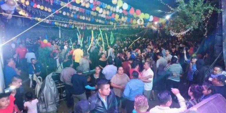 México: El baile que contagió de coronavirus a medio pueblo