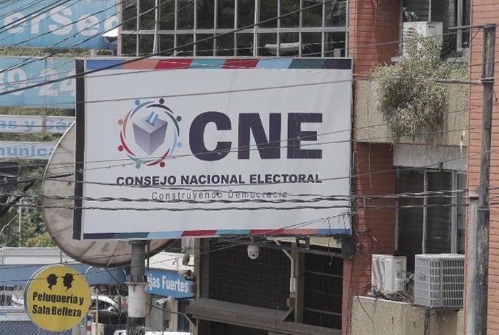 Si usted no aparece en el censo, ¿podrá participar en las elecciones primarias?