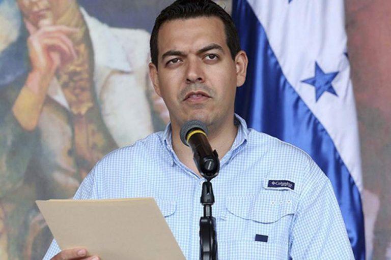 Gobierno tiene pláticas «con todas las farmacéuticas del mundo», dice Carlos Madero
