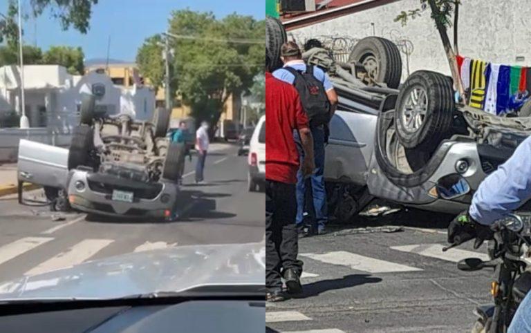 Accidente en SPS: carro quedó llantas arriba tras colisión en bulevar Morazán
