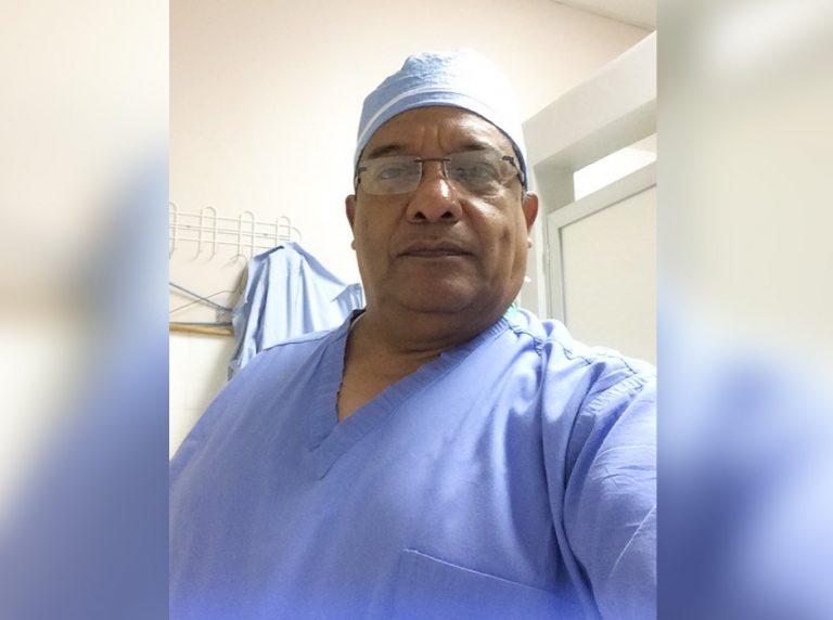 """Por COVID-19 fallece el doctor Gustavo Vásquez, """"el ángel de los niños"""""""