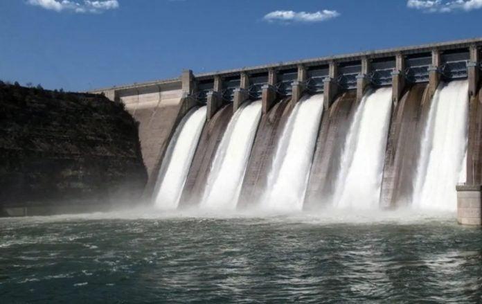 PCM construcción represas