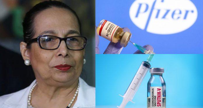 Elsa Palou compra vacuna