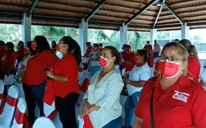 Juramentan a Mujeres Yanistas