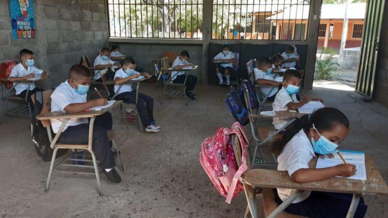 UPNFM: En cuatro departamentos de Honduras hay clases semipresenciales