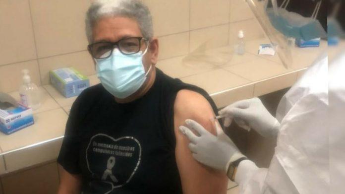 doctor Fiallos vacuna
