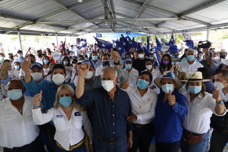 Mario Pérez: «Solo Mauricio Oliva asegura reconciliación nacional»