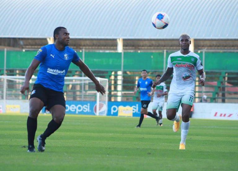 Honduras Progreso golea a domicilio al Platense