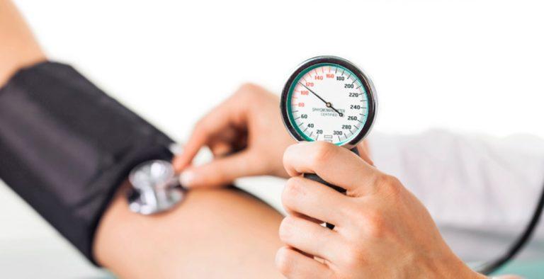 SALUD| Presión arterial baja: ¿qué debo hacer para controlarla?