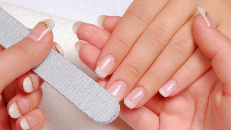 DE MUJERES   Cómo preparar un endurecedor de uñas caseros
