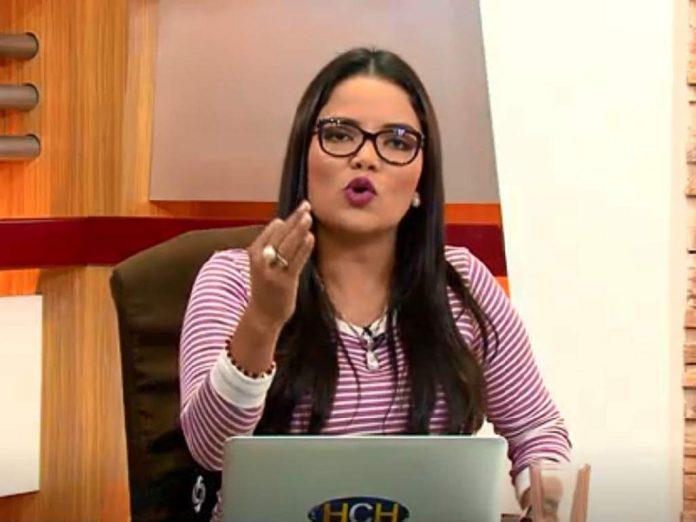 Ariela Cáceres critica medicos