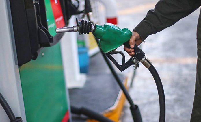 ¡Evite estafas! Cambian el color de la gasolina superior en Honduras