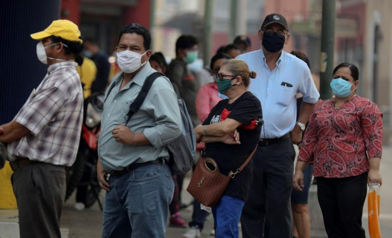 """BID: Largos confinamientos en Honduras """"sirvieron de poco"""" y no deben repetirse"""