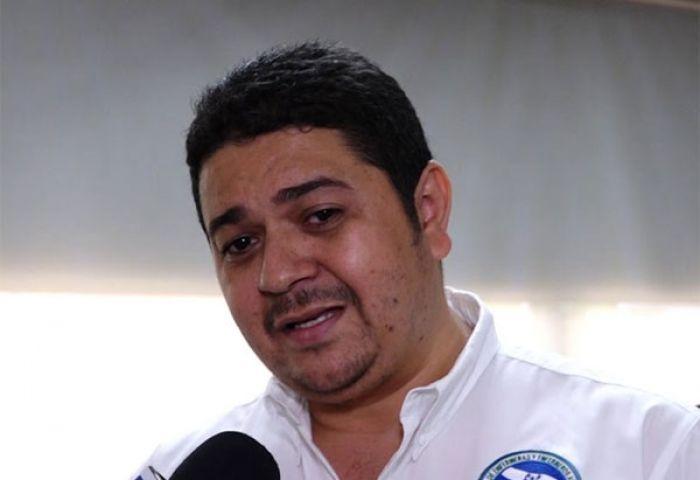 Josué Orellana, presidente de la Asociación Nacional de Enfermeros Auxiliares de Honduras (ANEEAH).