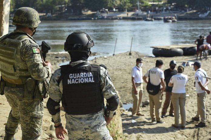 México y Guatemala se alistan para frenar caravana