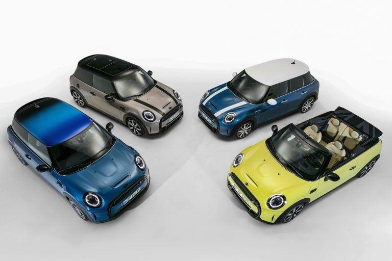 El MINI Cooper 2022 ajusta su diseño, equipamiento y potencia
