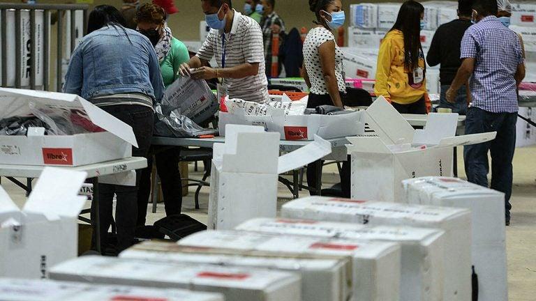 CNE anuncia reconteo supervisado de votos en actas con inconsistencias