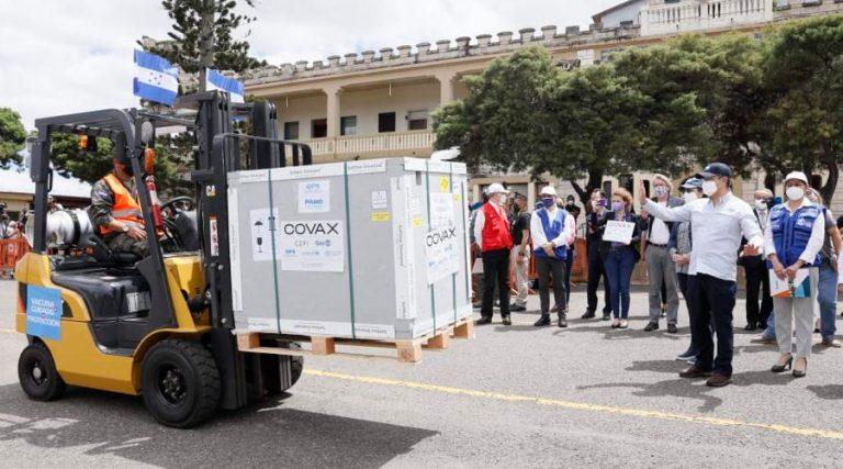 Con «fe y la esperanza», Salud espera otra donación de Covax a finales de marzo