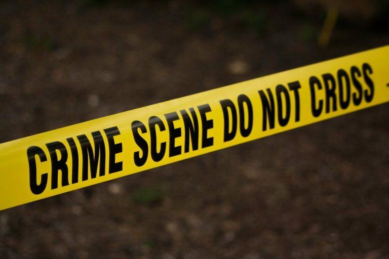 SPS: hallan cadáver en quebrada de colonia Mazarello; lo habrían matado a golpes