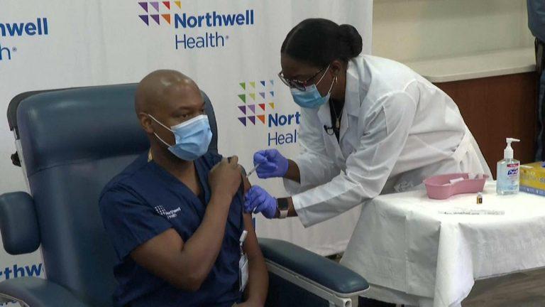 EEUU: Embajador asegura que más de 100 hondureños se vacunaron en Virginia