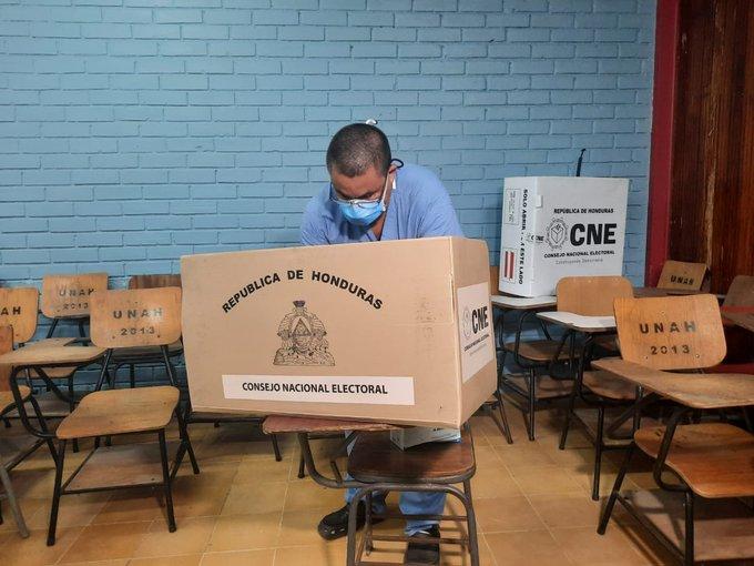 Doctor Umaña revela errores ocurridos en elecciones primarias 2021