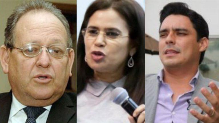 Rixi Moncada busca aprobar cuadernillo «ilegal», denuncian; «Son personas enroladas», responde