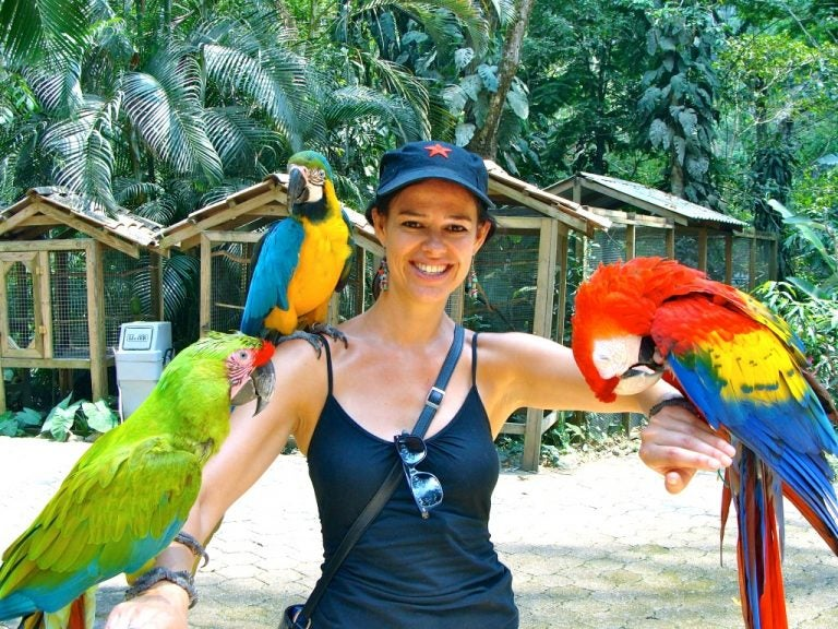 Copán: Piden apoyo para seguir cuidando a las aves de Macaw Mountain