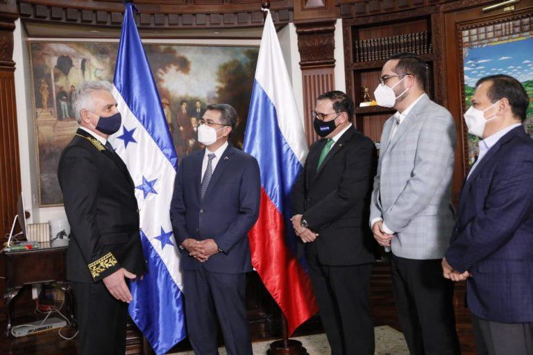 Rusia confirma contrato para suministrar 4,2 millones de vacunas a Honduras