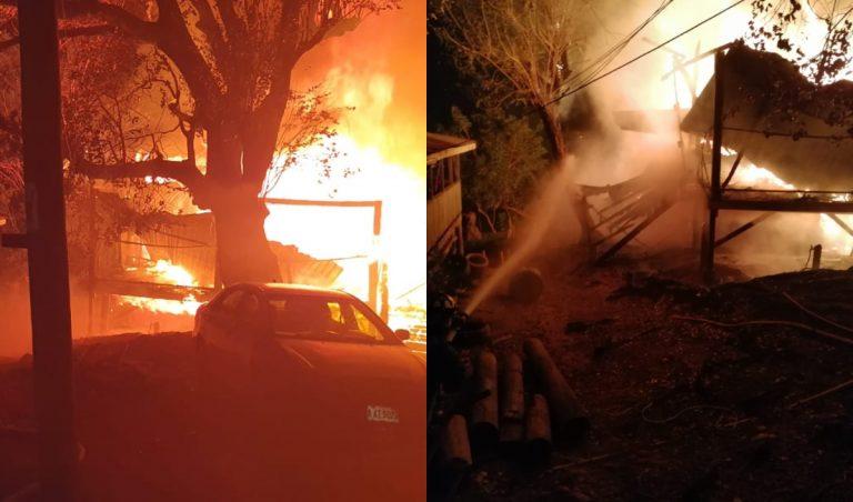 Incendio consume tres viviendas en Roatán; una pertenecía a señora de 81 años