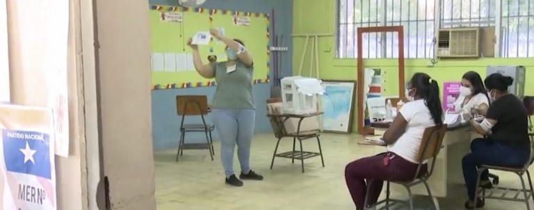 Elecciones 2021: inicia el conteo de votos en escuelas de San Pedro Sula