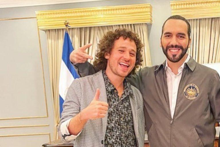El famoso youtuber «Luisito Comunica» viajó a El Salvador para tener una «charla» con Bukele
