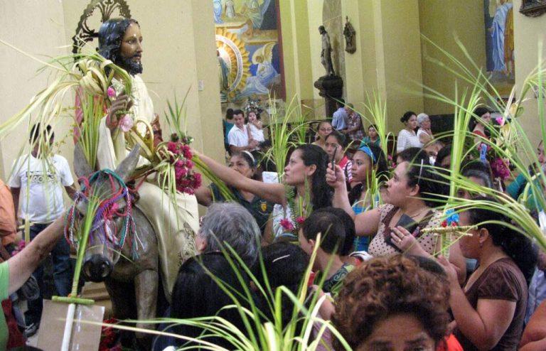 Semana Santa: horarios de actividades litúrgicas de la Iglesia católica en TGU
