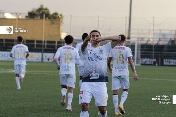 Roger Rojas vuelve al gol con el Cartaginés