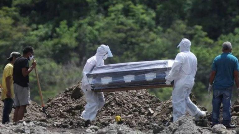 Funerarias registran casi 10 mil decesos por COVID-19 desde inicio de pandemia