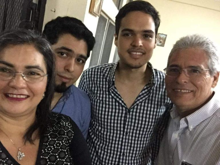 SPS: muere en el IHSS el hermano del joven médico Luis Linares