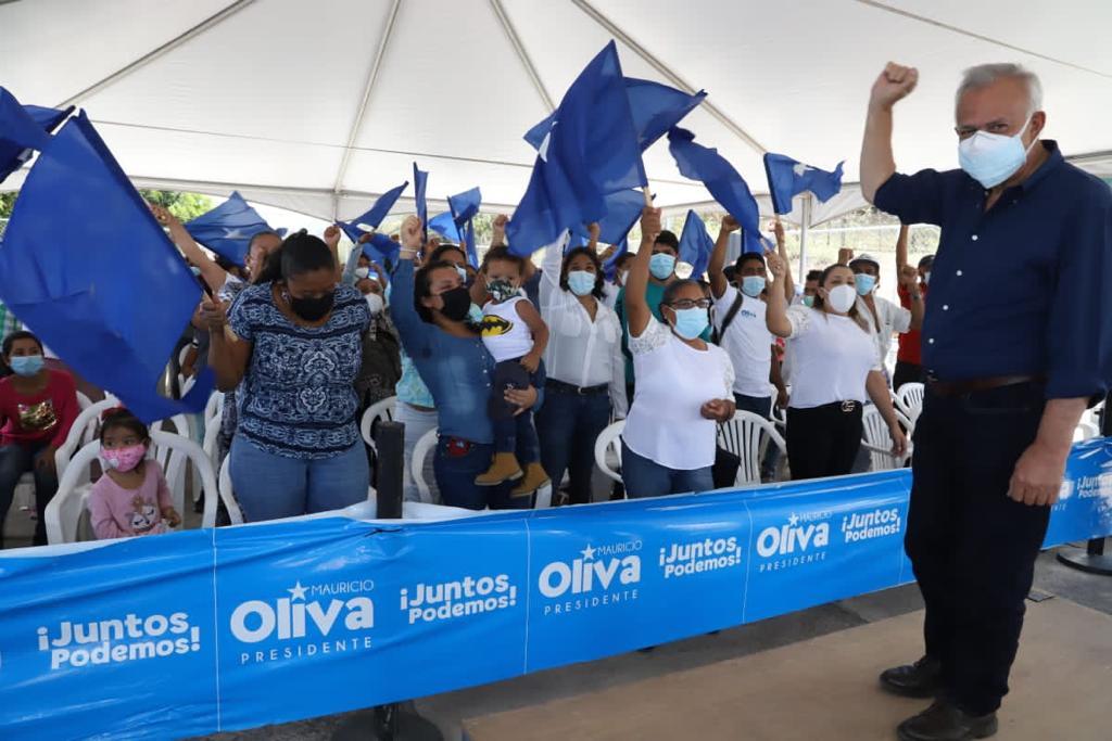 Mauricio Oliva cierra campaña