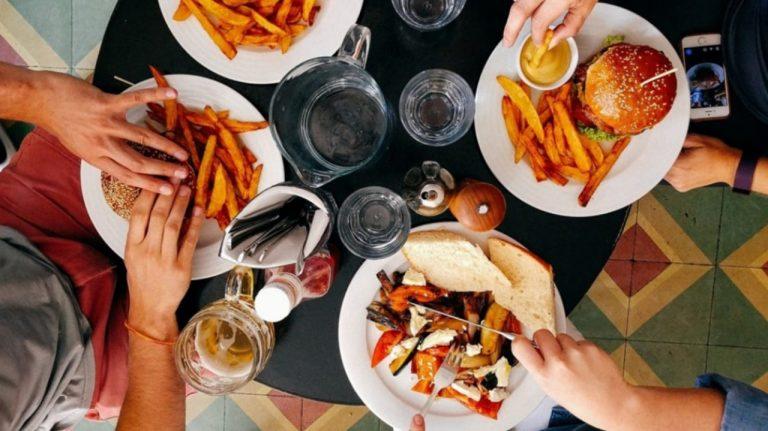 SALUD | Diez alimentos que debes evitar después de los 30 años