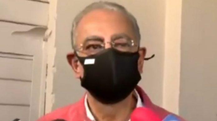 Expresidente Carlos Flores
