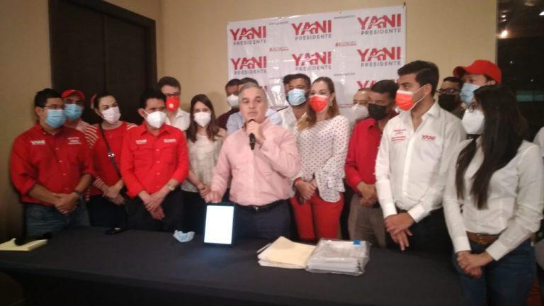 Movimiento Yanista procesó 51 % de las actas; declara que Yani es el ganador