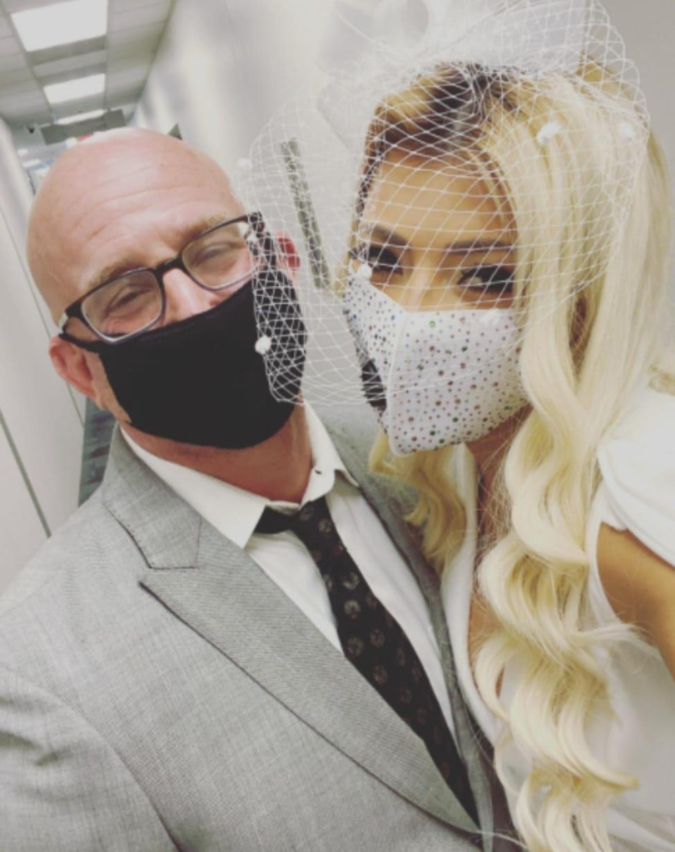boda de Debbie Bertrand