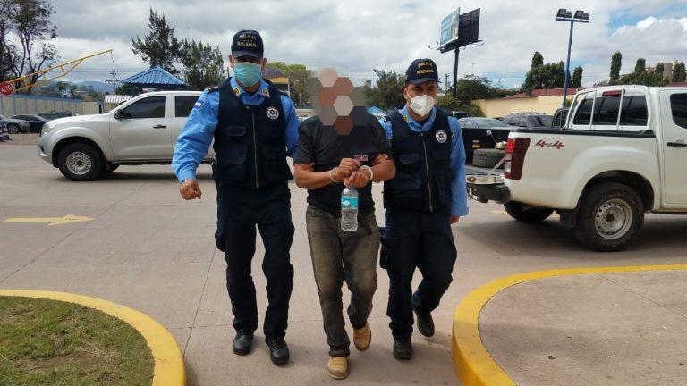 """FM: capturan a sospechoso de matar a un hombre por una """"broma"""""""