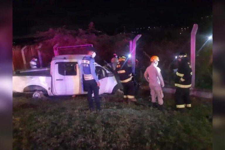 «Brutal» accidente de automóvil en la CA-5 deja dos muertos y varios heridos