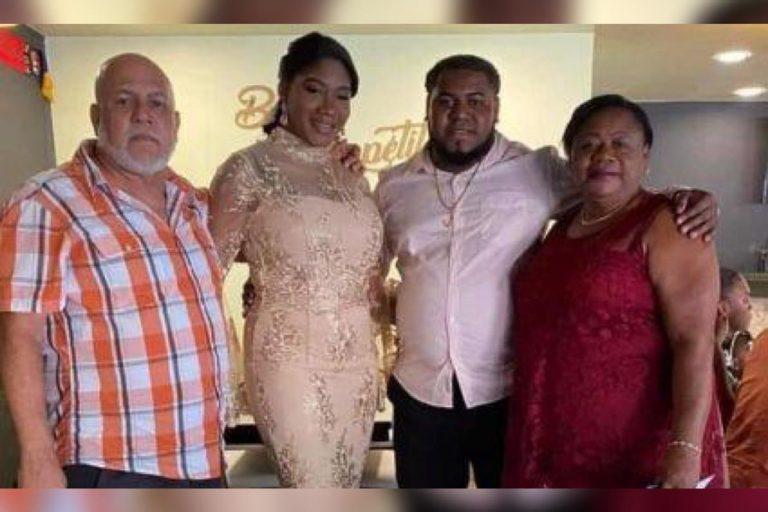 """""""Por bienes mancomunados"""": La More se casó con modelo catracha"""