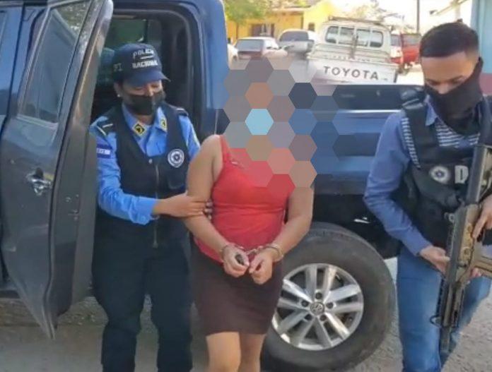 Capturan mujer por vender ahijada de 12 años