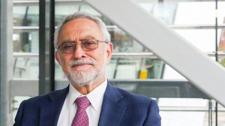 Sir Moncada: No hay evidencia de conexión entre dosis de AstraZeneca y trombosis